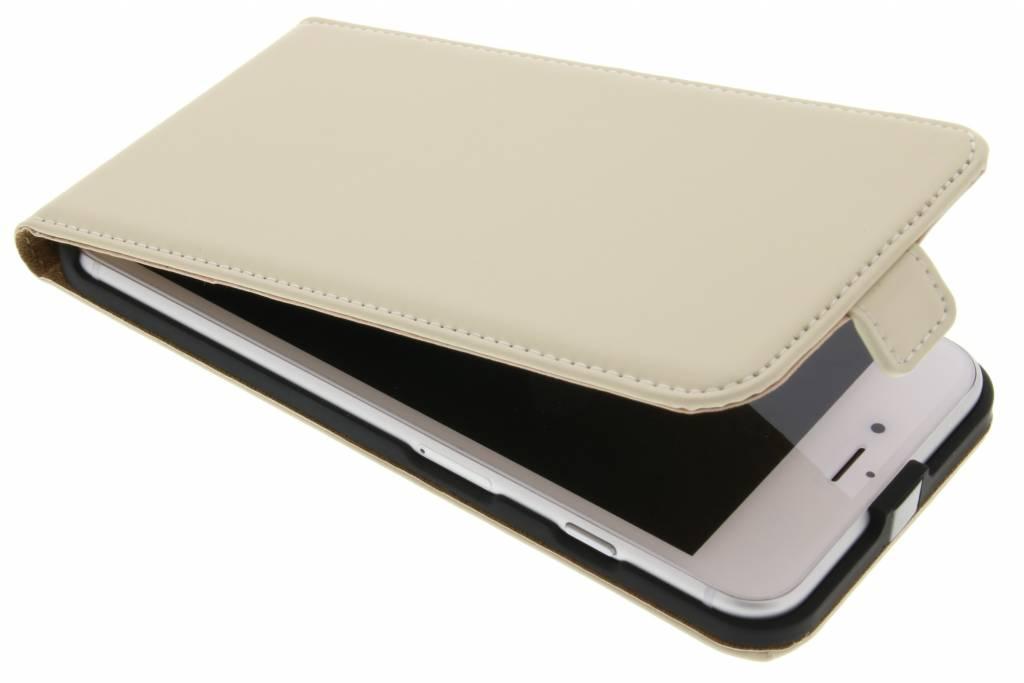 Selencia Luxe Flipcase voor de iPhone 8 Plus / 7 Plus - Gebroken wit