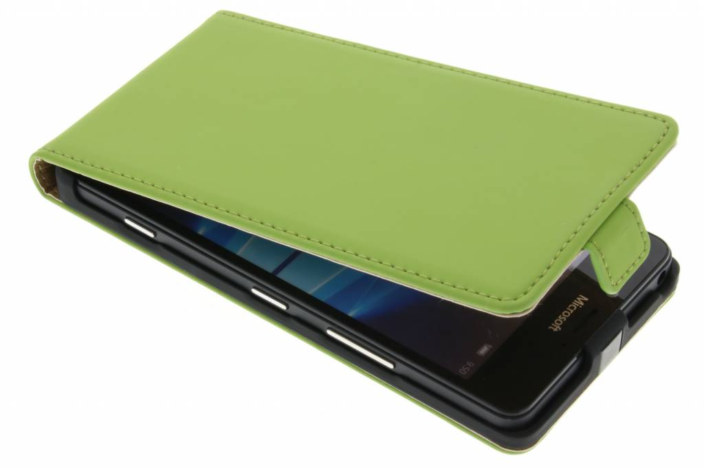 Selencia Luxe Flipcase voor de Microsoft Lumia 950 - Groen