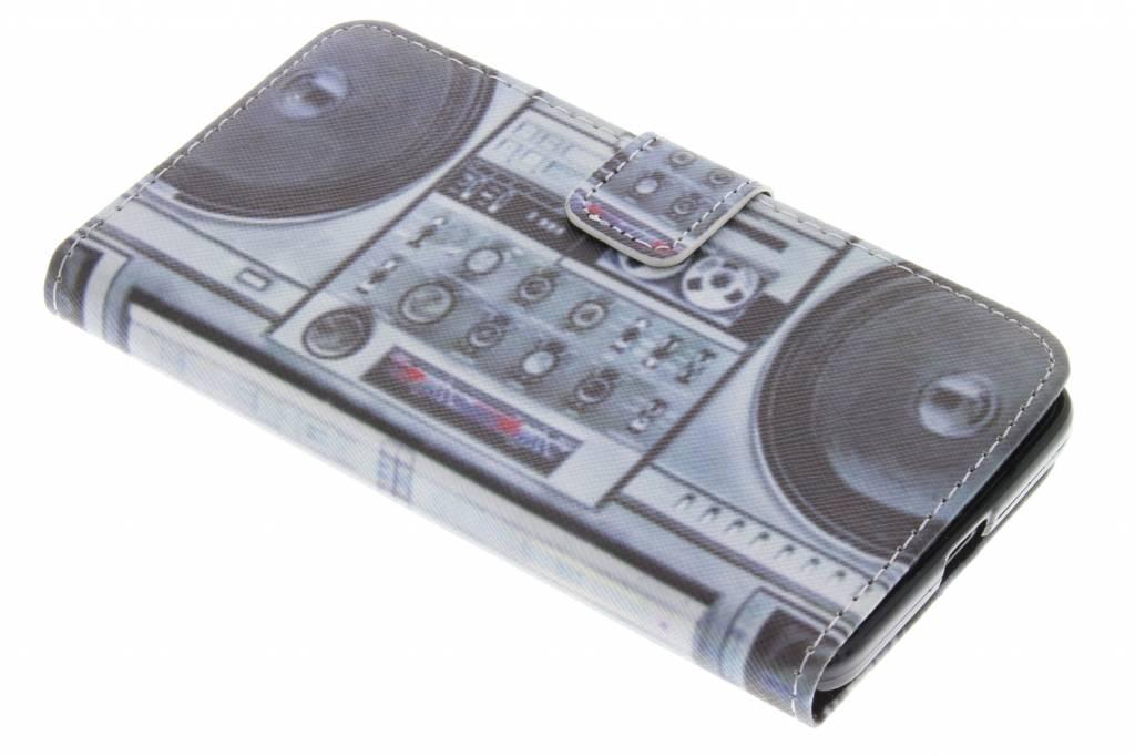 Radio design TPU booktype hoes voor de Microsoft Lumia 650