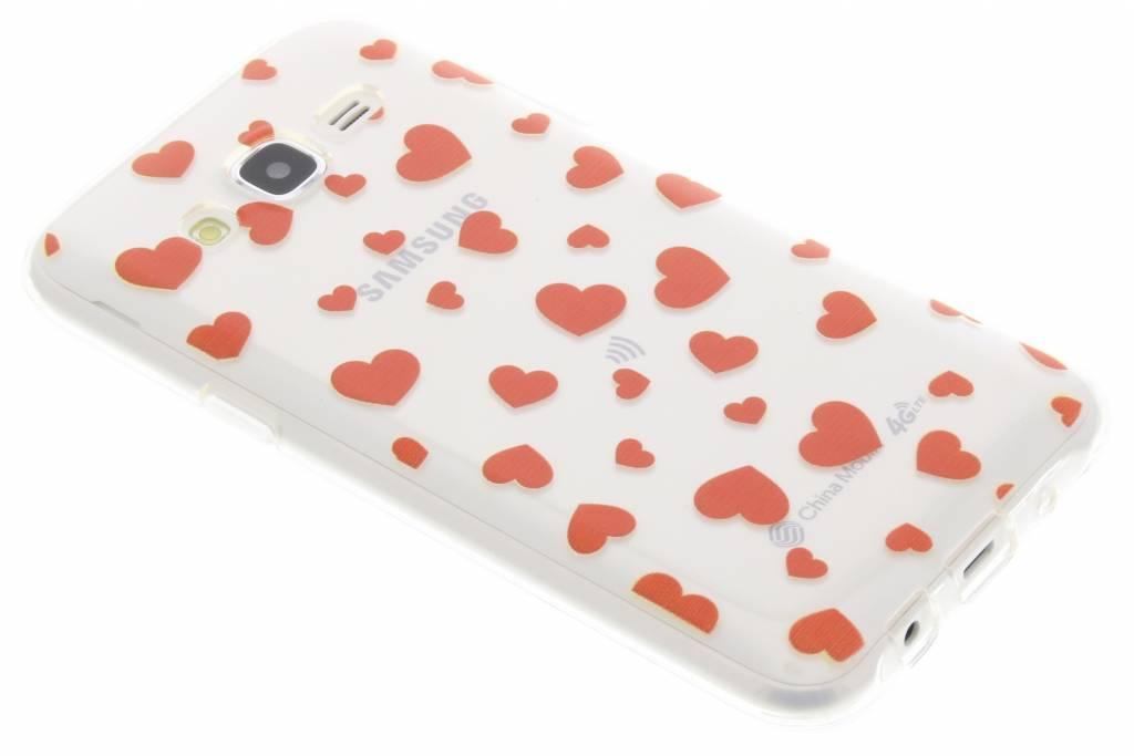 Rode hartjes Love TPU hoesje voor de Samsung Galaxy J5
