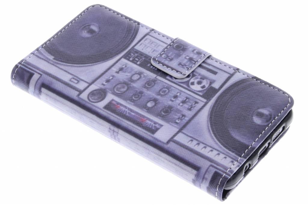 Radio design TPU booktype hoes voor de Samsung Galaxy A3 (2016)