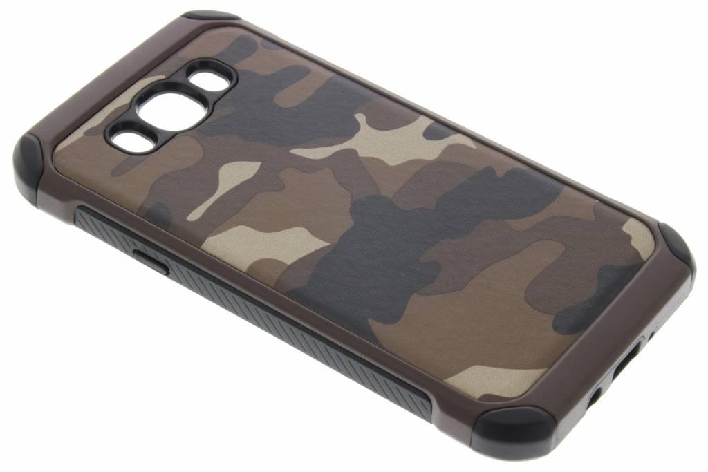 Bruin army defender hardcase hoesje voor de Samsung Galaxy J7 (2016)