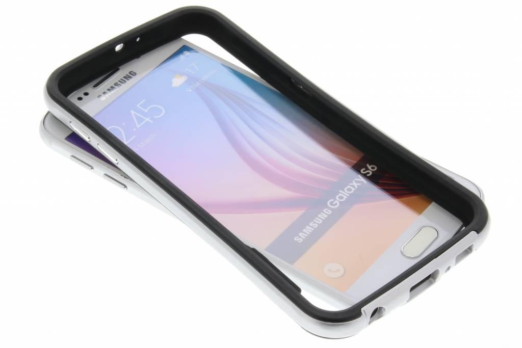 Zilveren bumper voor de Samsung Galaxy S6