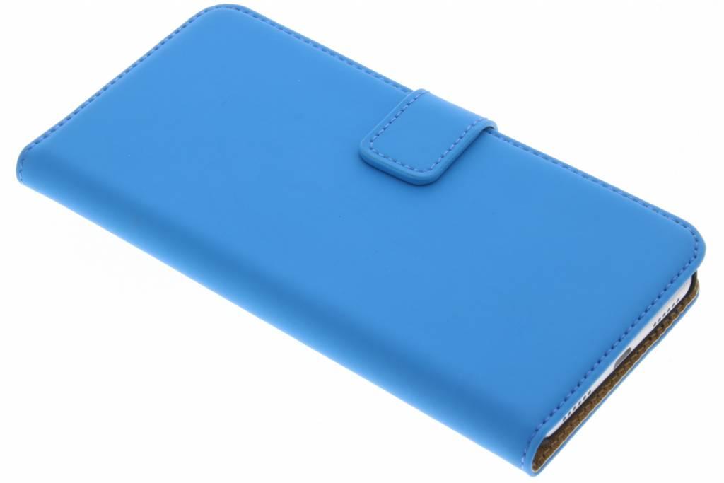 Selencia Blauwe Luxe Book Case voor de Huawei P8 Lite (2017)