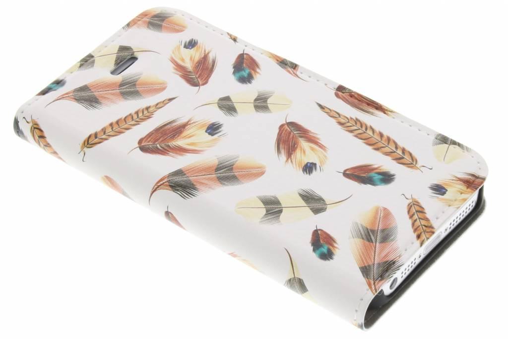 Feathers Brown Design Booklet voor de iPhone 5 / 5s / SE