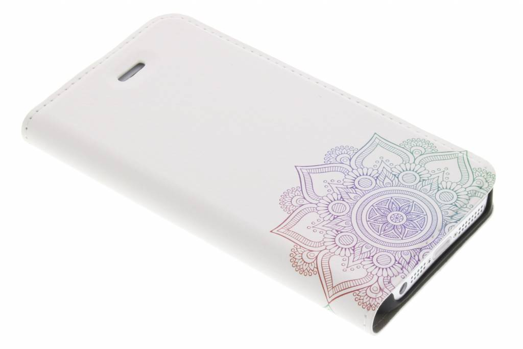 Multicolor Mandala Design Booklet voor de iPhone 5 / 5s / SE