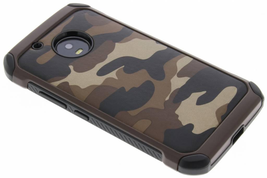 Bruine army defender hardcase hoesje voor de Motorola Moto G5