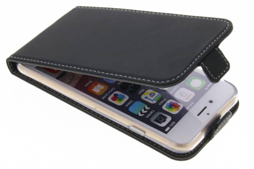 Accezz Zwarte TPU Flipcase voor de iPhone 6 / 6s