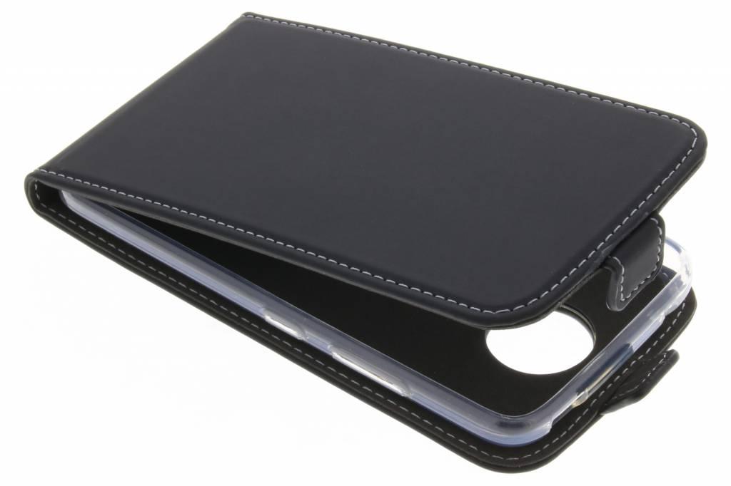 Accezz Zwarte TPU Flipcase voor de Motorola Moto C Plus