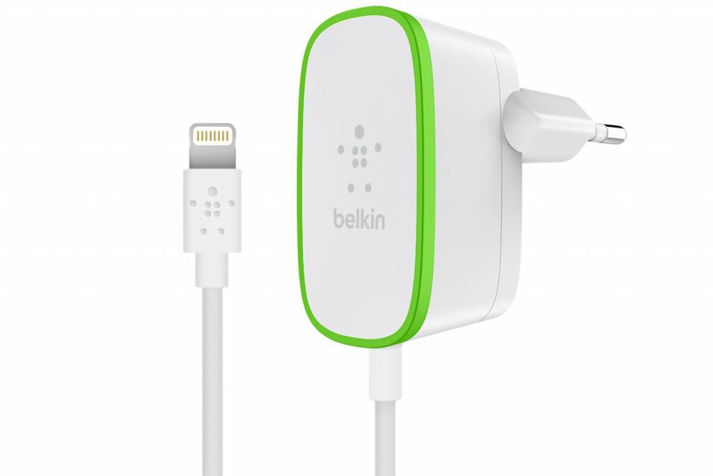 Belkin Netadapter wit 2.4 A met vaste Lightningkabel 1.8m