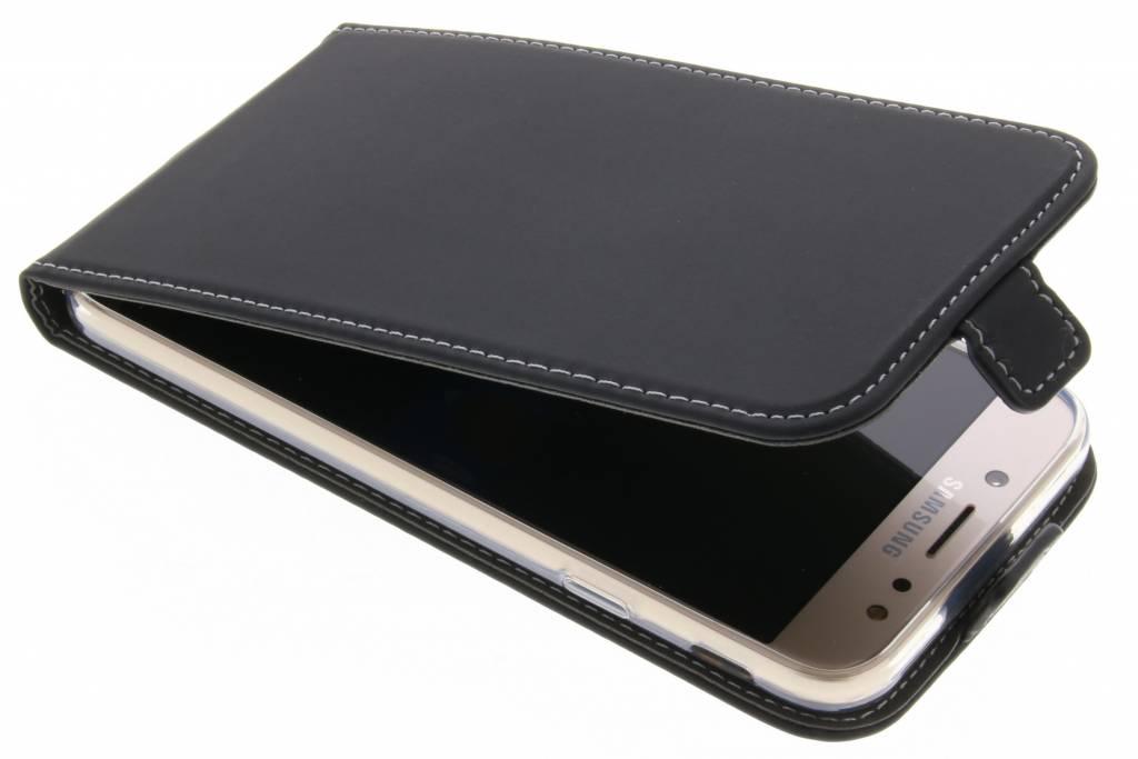 Accezz Zwarte TPU Flipcase voor de Samsung Galaxy J7 (2017)