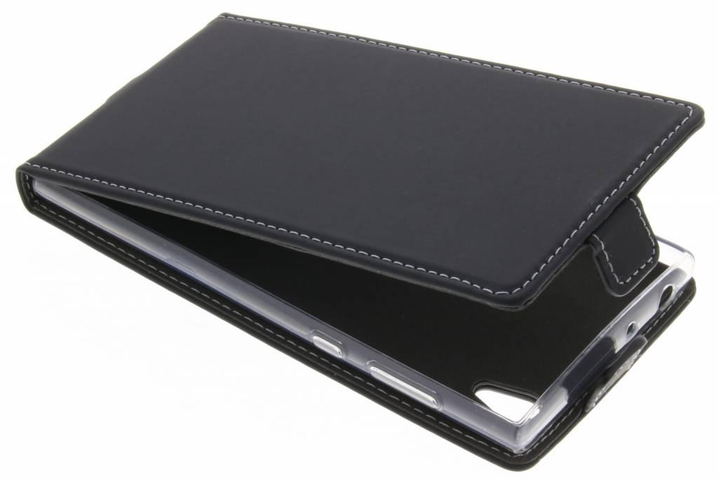 Accezz Zwarte TPU Flipcase voor de Sony Xperia L1