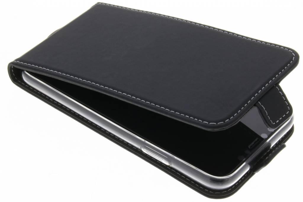 Accezz Zwarte TPU Flipcase voor de iPhone Xs / X