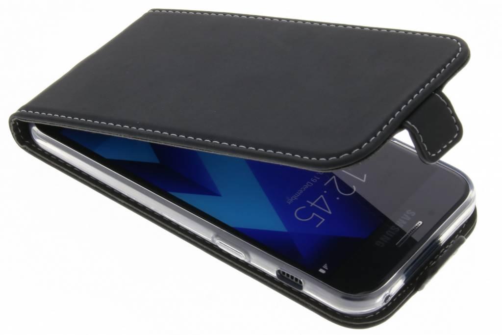 Accezz Zwarte TPU Flipcase voor de Samsung Galaxy A3 (2017)