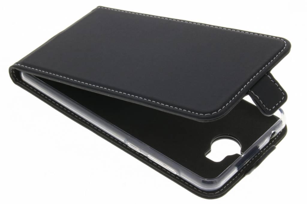 Accezz TPU Flipcase voor de Huawei Y6 (2017)