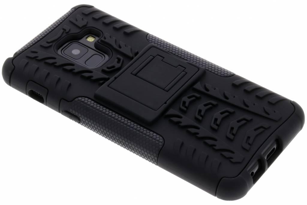 Zwarte Rugged Hybrid Case voor de Samsung Galaxy A8 (2018)