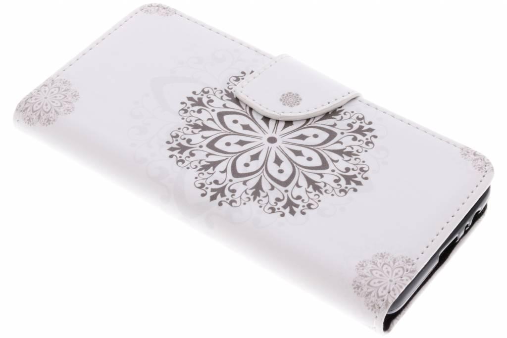 Bloem mandala design TPU booktype hoes voor de Samsung Galaxy A8 (2018)