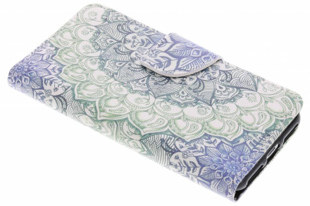 Blauwe mandala design TPU booktype hoes voor de iPhone 8 / 7