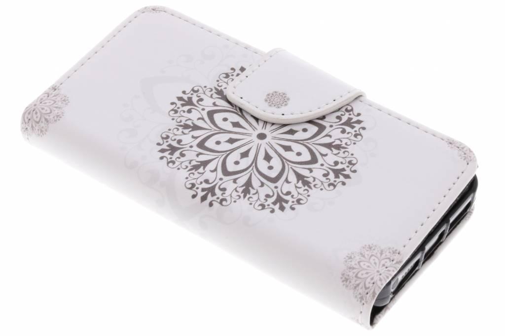 Bloem mandala design TPU booktype hoes voor de iPhone 5 / 5s / SE