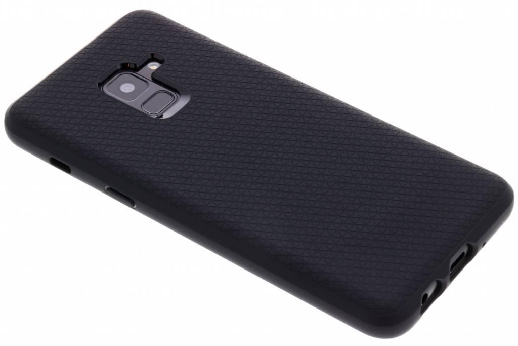 Zwarte Liquid Air™ Case voor de Samsung Galaxy A8 (2018)