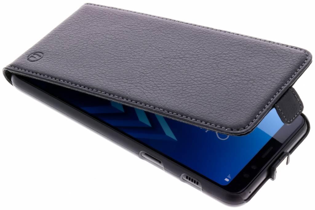 Zwarte Smartcase voor de Samsung Galaxy A8 (2018)