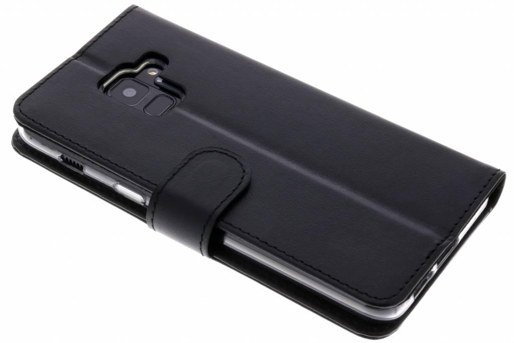 Zwarte Booklet Classic Luxe voor de Samsung Galaxy A8 (2018)