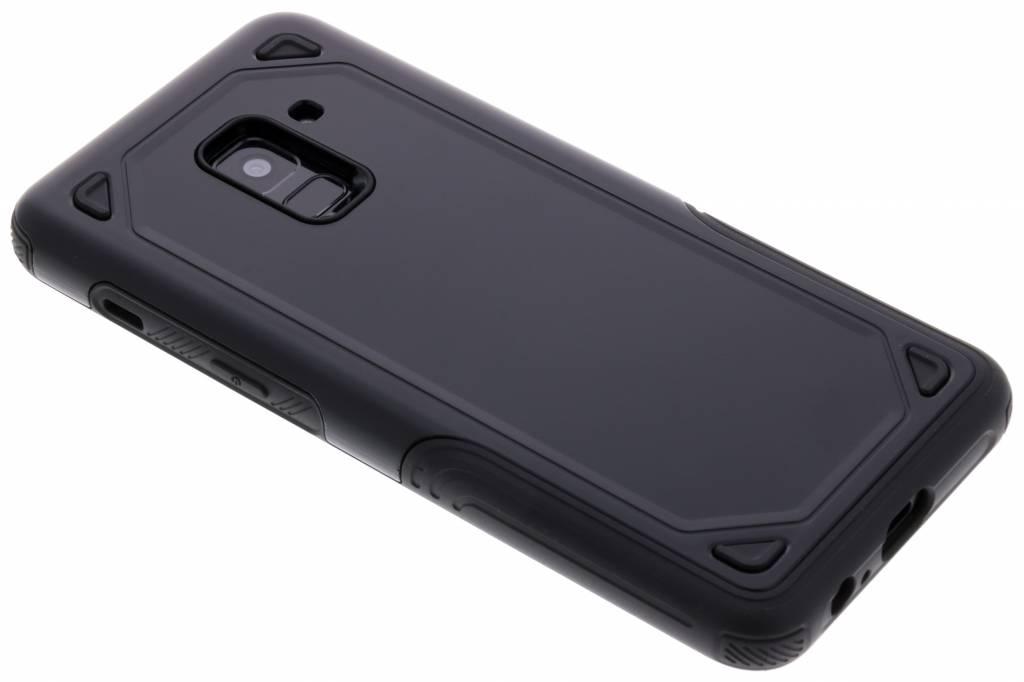 Zwart Rugged hardcase hoesje voor de Samsung Galaxy A8 (2018)