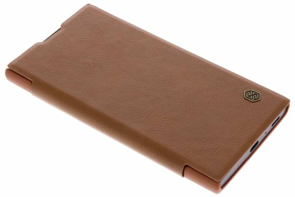 Nillkin Bruine Qin Leather slim booktype voor de Sony Xperia L2