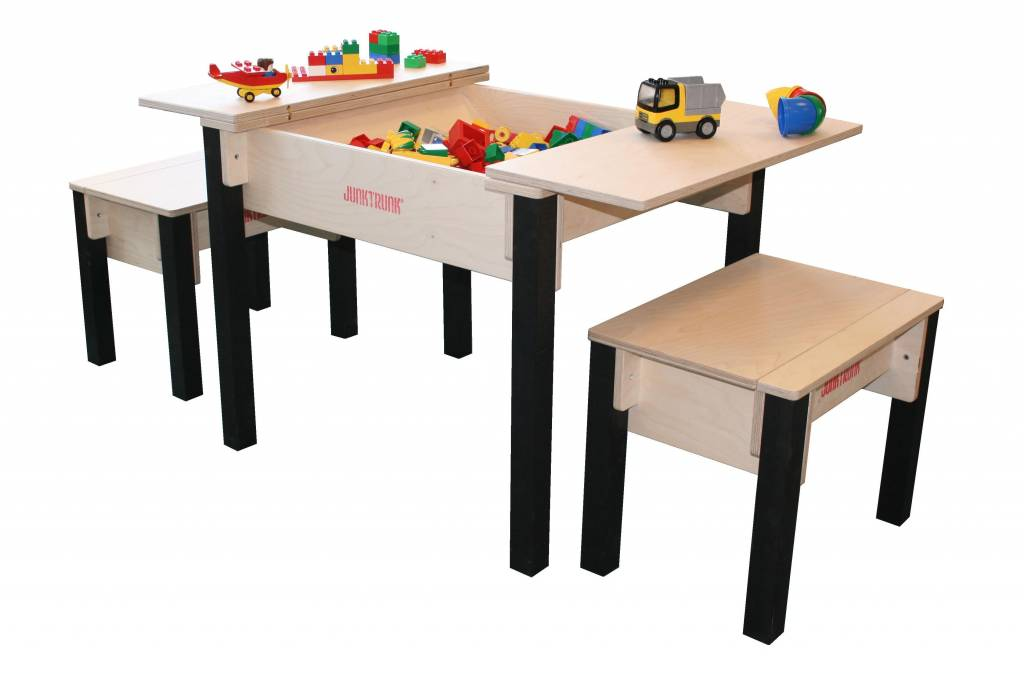 kindertisch set aus holz kindersitzecke aus holz mit zwei st hlen spieltischshop. Black Bedroom Furniture Sets. Home Design Ideas
