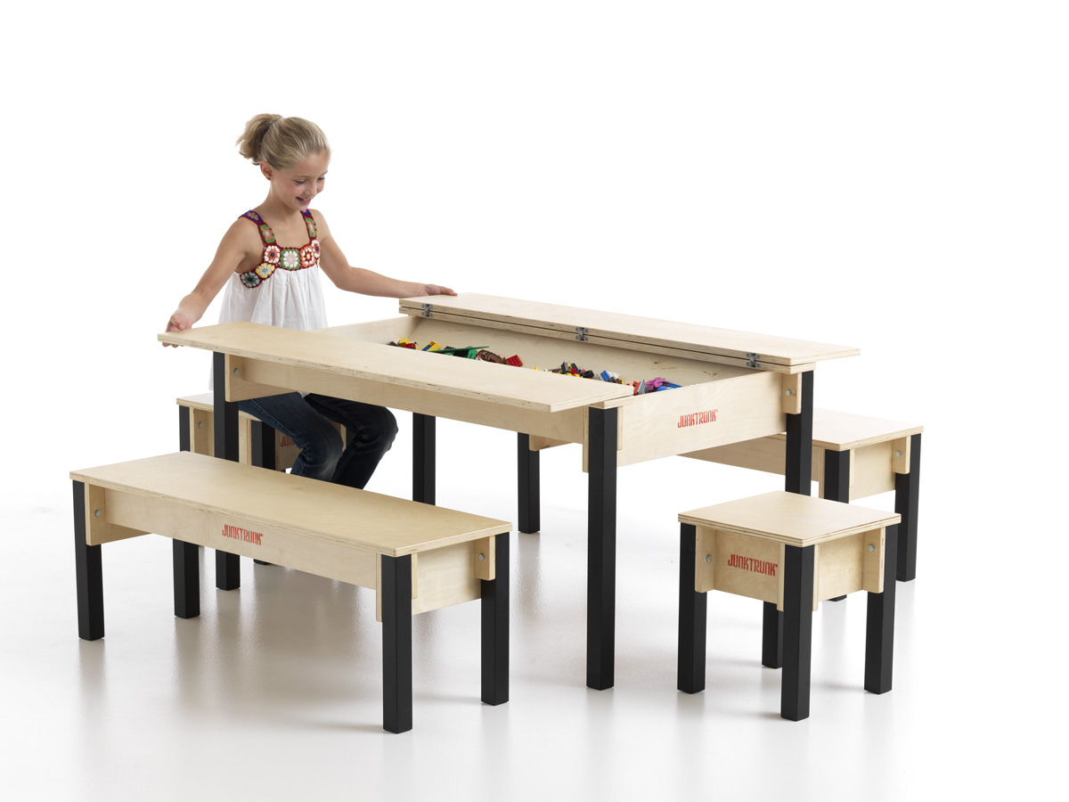blog kinderm bel aus holz und spieltische mit praktischem aufbewahrungssystem spieltischshop. Black Bedroom Furniture Sets. Home Design Ideas