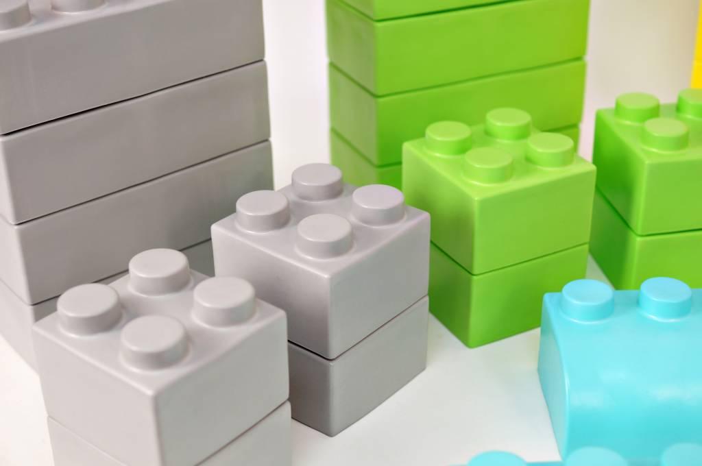 gro e legosteine kaufen grosse legosteine f r kinder und kleinkinder spieltischshop. Black Bedroom Furniture Sets. Home Design Ideas