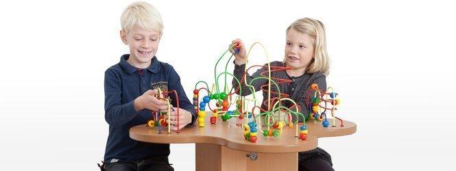 Kinderspieltisch spieltisch für kinder in spielecke und