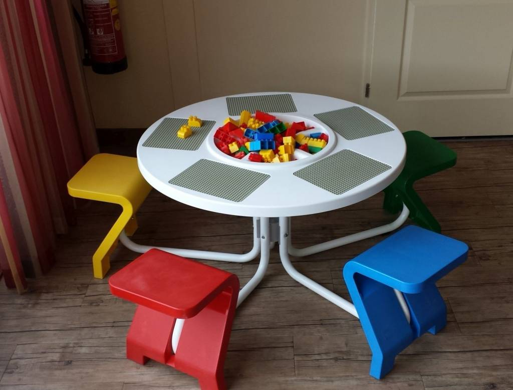 lego tisch gebracht kaufen - zweitehand lego spieltische