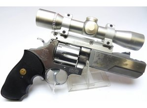 Smith & Wesson Groot Kaliber Revolver S&W Model 629-1 in 4 inc, Revolver + kijker