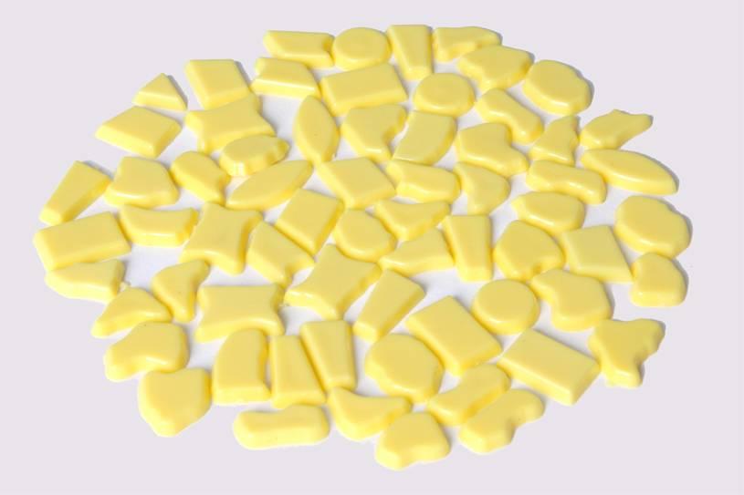 Kunststof mozaieksteentjes ca. 70 gram GEEL