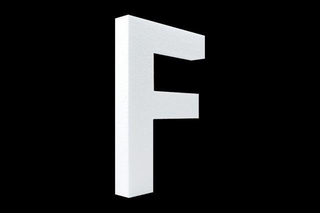 Cristallo Blanco letter F
