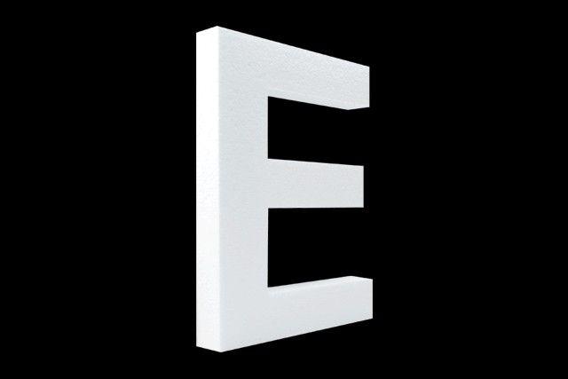 Blanco letter E