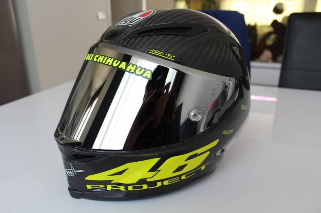 Shoei Suzuki Helmet