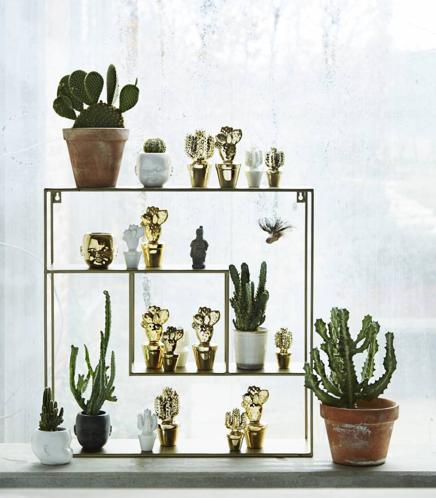 Madam Stoltz wall cabinet, golden