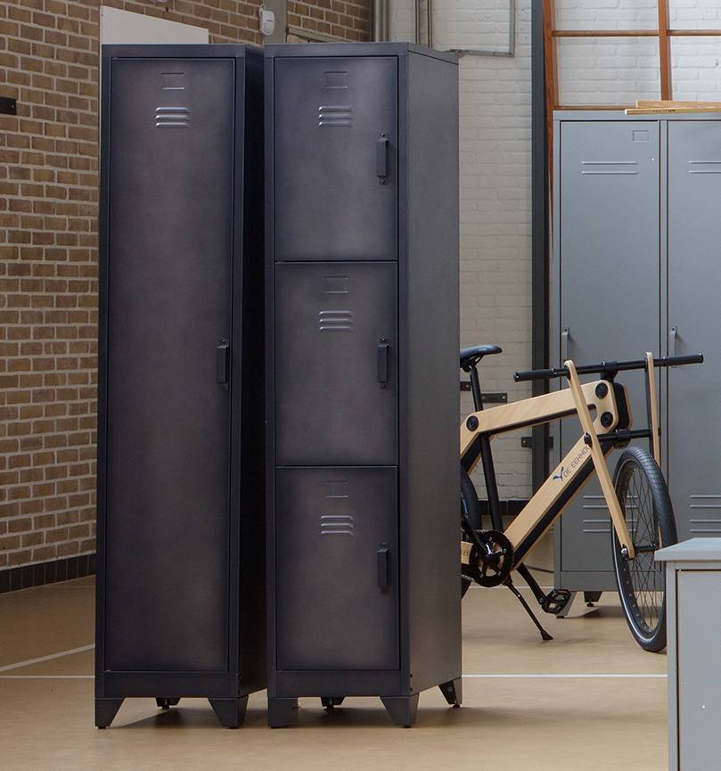 Woood metalen lockerkast Cas, 3 deurs