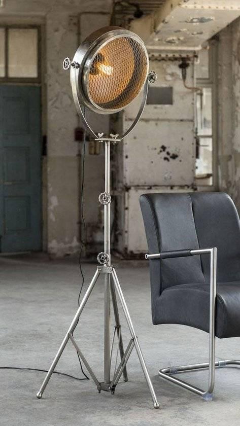 Geen drempels voor design vloerlamp