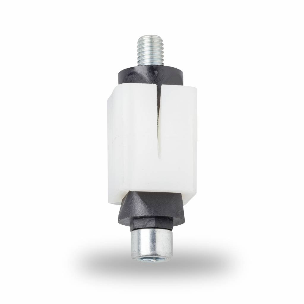 Expanding fittings suitable for square tube pipe