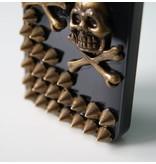 Задняя крышка ручной работы с черепами и заклепками для iPhone 5