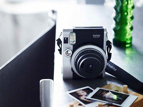 Fujifilm Instax Mini 90 Neo Classic Обзор характеристик
