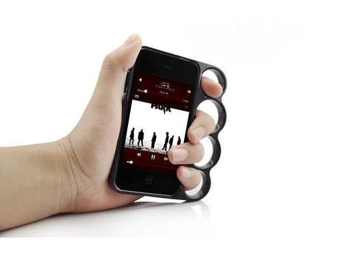 Дизайнерский бампер чехол кастет для iPhone 4, 4s Черный