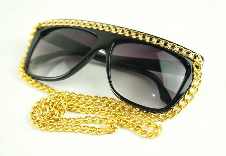 Очки Swag с цепочкой на шею для вечеринок - Retrocam.ru b8f2e5d2f90