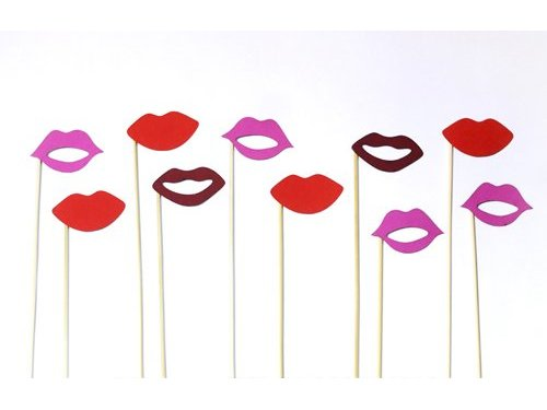 Картонные губы женские набор