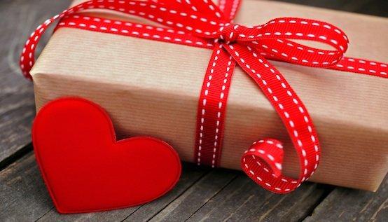 Что подарить ей на День Всех Влюбленных 14 Февраля