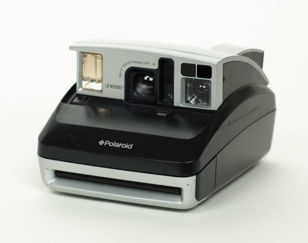 Обзор камеры Polaroid One 600
