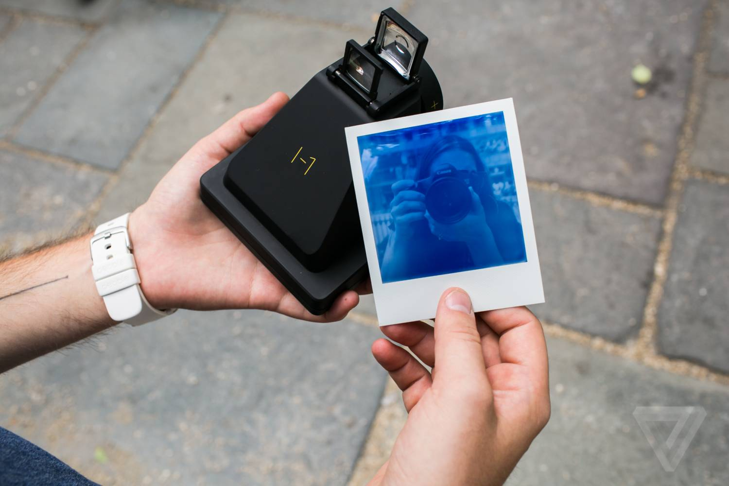 Обзор фотоаппарата Impossible I-1 The Instant Camera